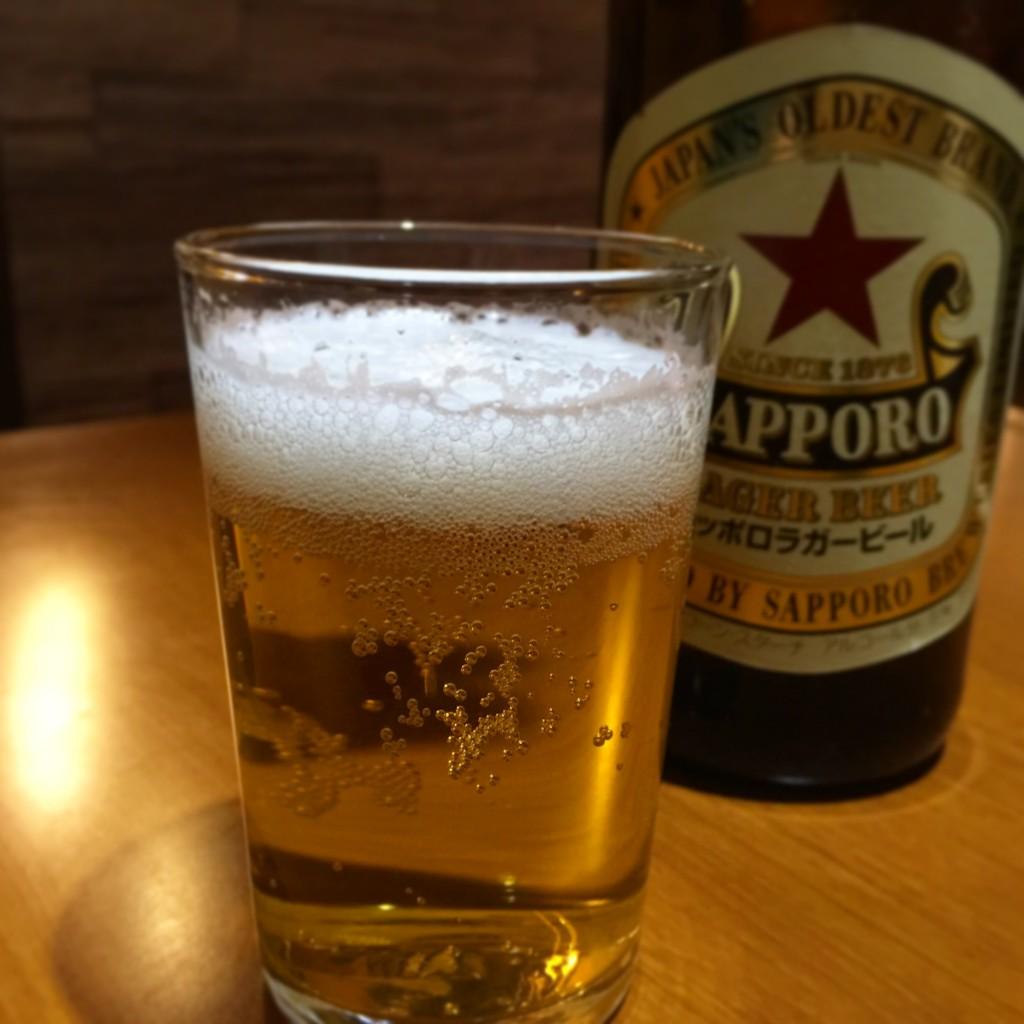 やっぱりスタートは瓶ビール赤星で!札幌人としてのお行儀です☆